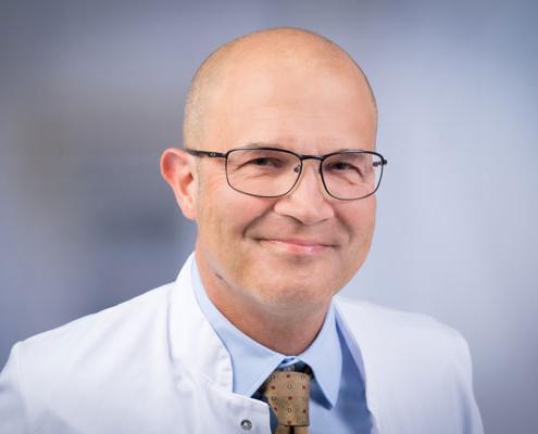 Dr. med.<br />Roland Dummler (DEAA)