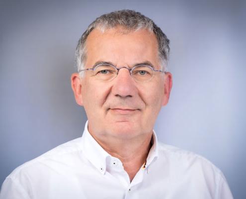 Dr. med.<br />Heinrich Hanisch