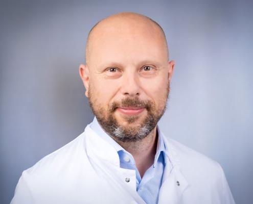 Dr. med.<br />Paul Schuller