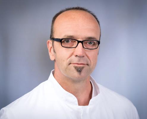 Dr. med.</br>Hansjörg Weihe