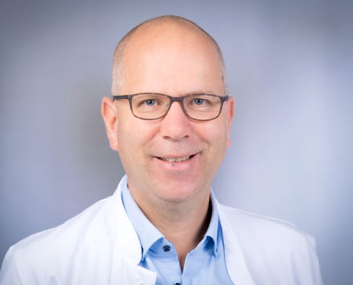 Dr. med.<br />Carsten Groth