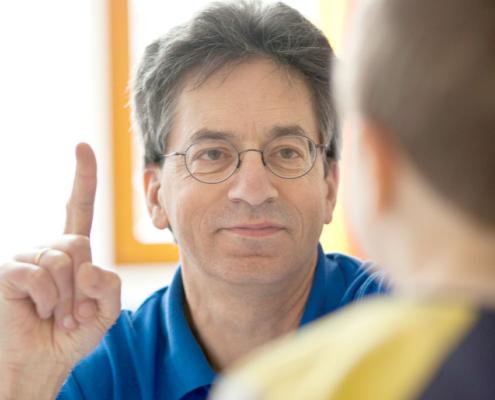 Dr. med.</br>Günther Golla