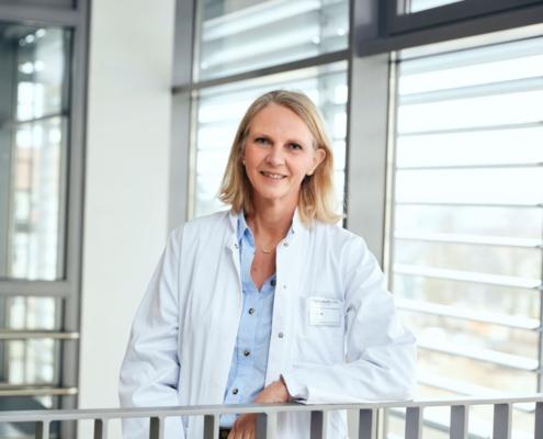 Dr. med.<br />Corinna Bryan